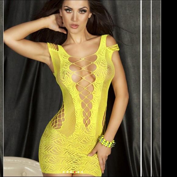 d779f8edaa54 Yellow Sexy Fishnet Dress. M 589029b6291a3552be0e8bda