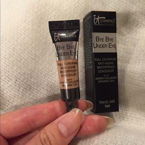"""It cosmetics """"bye bye under eye"""" in tan"""