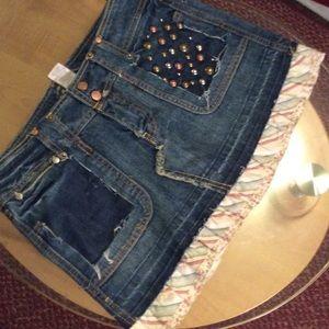 American Rag Dresses & Skirts - American rag $5 when you bundle 4 shorts or skirts