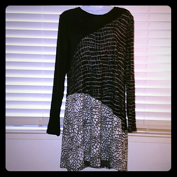 BCBGMaxAzria Dresses & Skirts - *BCBG MAX AZRIA Dress/Tunic*