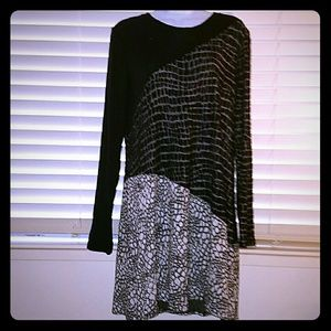 *BCBG MAX AZRIA Dress/Tunic*