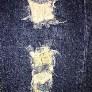 Jeans - RED RIVET Capri Distressed Denim Sz 1