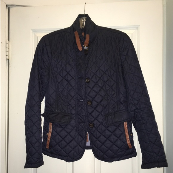 ae348a439a Massimo Dutti quilted jacket - size Small. M_5890a2535c12f83c7f00383f
