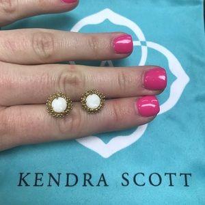Kendra Scott Jewelry - White Pearl Carly Kendra Scott Earrings