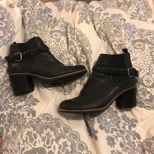 Sperry booties