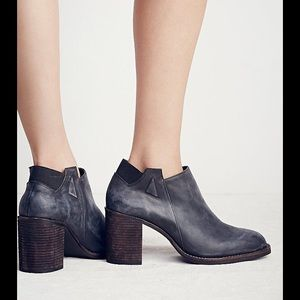 Jeffrey Campbell Shoes - Jeffrey Campbell x Free People Black Bootie