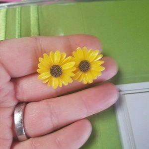 Jewelry - New sunflower earrings