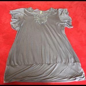 Kische Tops - Kische light gray top