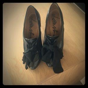 Lanvin Shoes - Lanvin bow front heels