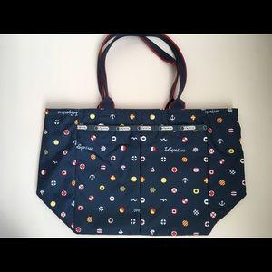 LeSportsac Handbags - Lesportsac blue tote
