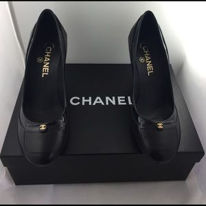 Black Chanel Pumps!
