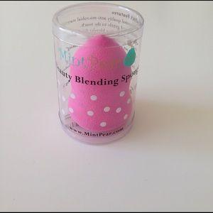 Mint Pear Beauty Other - Mint Pear Beauty Blending Sponge! NWT!