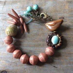Anthropologie Jewelry - 🐣 Cute Bird Bracelet