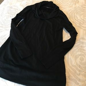 Gap Maternity Cowl Neck Tee. Size S.