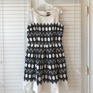 Taylor black and white a-line dress