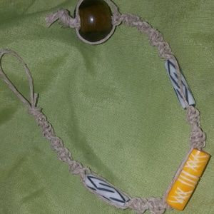 Jewelry - Hand made hemp bracelet with yellow and white bead