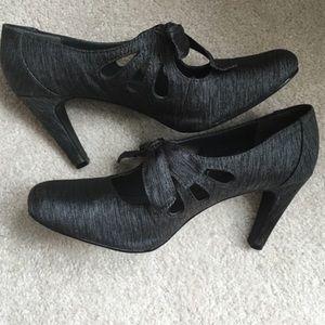 Ann Marino Shoes - Super Cute Retro 30s 20s Party Cut Out Pumps Heels