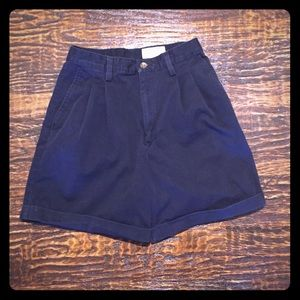VINTAGE Eddie Bauer High Waisted Walking Shorts