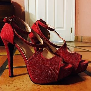 Shoes - Red sparkly heels
