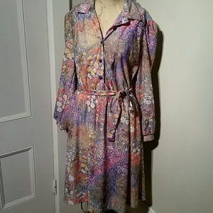 Vintage floral button tie dress collar midi USA
