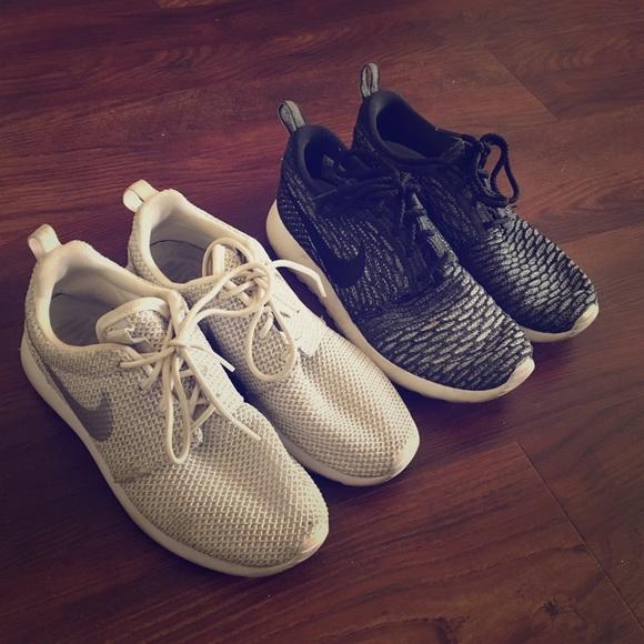 c67792a7b11a Two Pairs Nike Roshe. M 58910af3fbf6f946bc01b18c