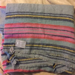 NWT Aerie large square blanket scarf