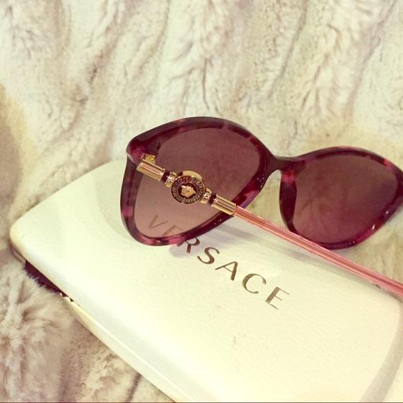 8f4a347b0cd7 Versace Women s sunglasses