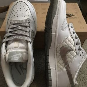 Nike Dunk Low. Size 6