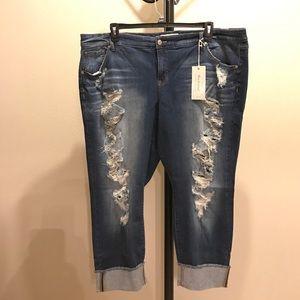 torrid Denim - 👑3/9 HP👑✨ NWT Boyfriend jeans ripped destruction