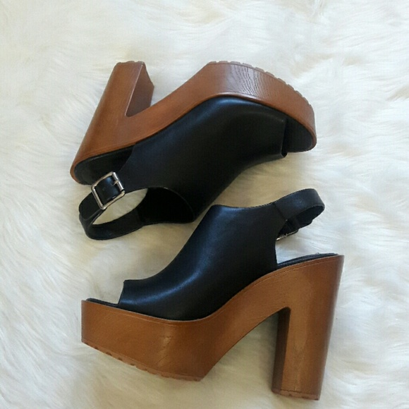eb7be9cf525 Forever 21 Shoes - Sale Forever 21 platform heels brand new