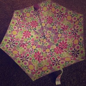 totes Accessories - NEW✨ umbrella