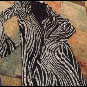 susan lawrence  Jackets & Blazers - Ladies vintage black & white long stretch jacket