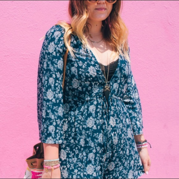 Show Me Your MuMu Dresses - Navy Floral Romper