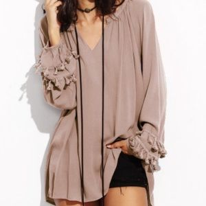 🌹GORGEOUS BLUSH COLORED FLOWING BLOUSE🌹