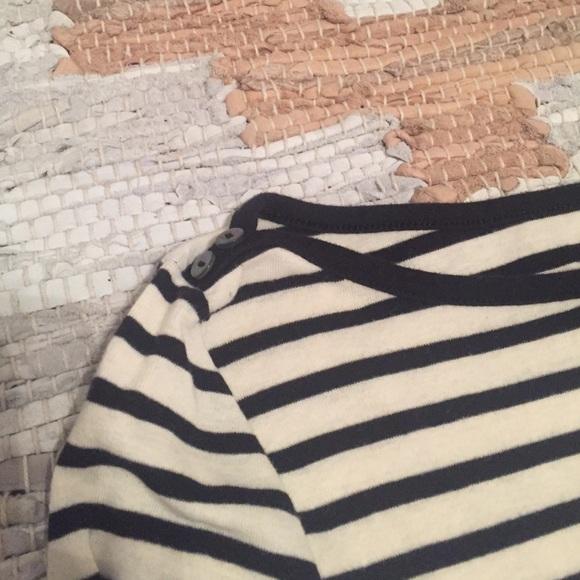 Old Navy Tops - 🌷Spring Sale - Black & White Striped Top