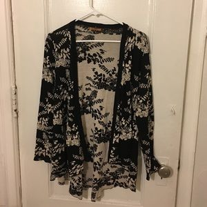 Belldini Sweaters - Floral cardigan 🌹