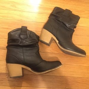 LF Shoes - Black Heeled Booties