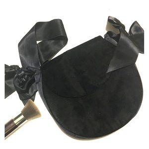 Yves Saint Laurent Handbags - Yves Saint Laurent Black Velvet Vintage Bow Bag