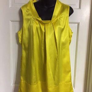DKNY Tops - DKNY Yellow Shirt sz 10
