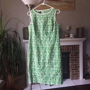 Talbots Dresses & Skirts - Spring green dress w eyelets & white embroidery