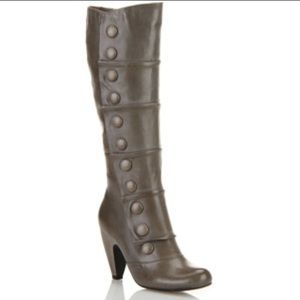 Miz Mooz Shoes - Grey Miz Mooz button boots