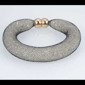 Jewelry - Thick Mesh Stardust Bracelet with magnetic closure