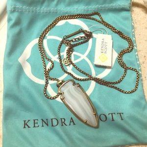 Kendra Scott Kimmy necklace!!
