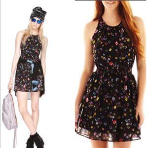 Olsenboye Dresses & Skirts - Olsenboye, black tie back dress with jewel print
