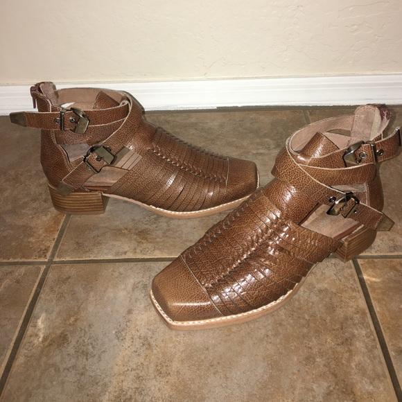 Jeffrey Campbell Woven scarpe   Hanson Cage Woven Campbell stivali stivaliie 95   Poshmark 23360a