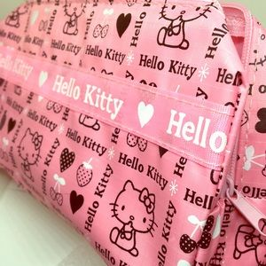Hello Kitty Handbags - 🎉SALE🎉 Kitty Zippered Pouch