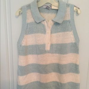 Tops - Cute top. BNWT. Size S.