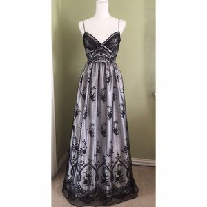 Morgan & Co. Dresses & Skirts - 🌿LOWEST Morgan & Co black gown