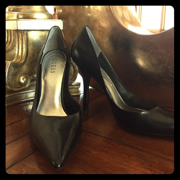 Guess Shoes   Guess Blixee Pointedtoe