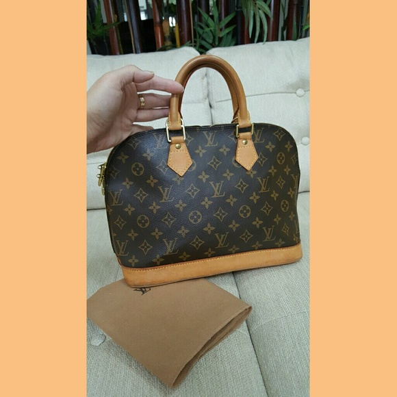 a587a4eb67fb Louis Vuitton Handbags - SALE!!!!! 100% Authentic LV Alma PM